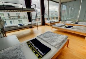 Luxus Mehrbettzimmer mit Aussicht - Heart of Gold Hostel Berlin
