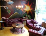 Lounge - Reception - Couch - Heart of Gold Hostel Berlin